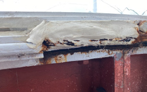 Glazing frame corrosion had caused cracking in lantern glass panes.